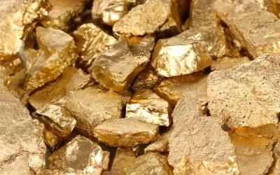 Бизнес-неделя: Приват против Динамо, золото Украины, минус 5 млн га госземель, новая Teslа