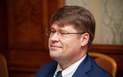 Трамп против Байдена. Что будет с мировой экономикой и чего ждать Украине?